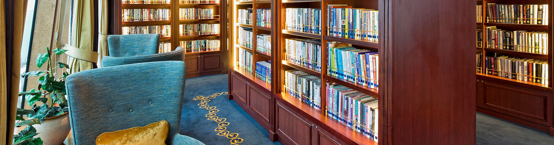 MJM fit out in library on board P&O Aurora